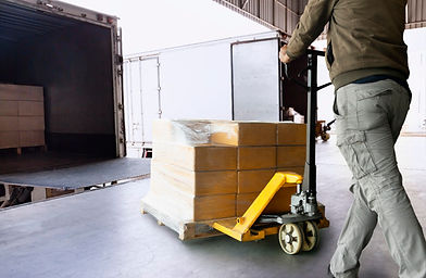 warehouse-worker-unloading-pallet-shipme