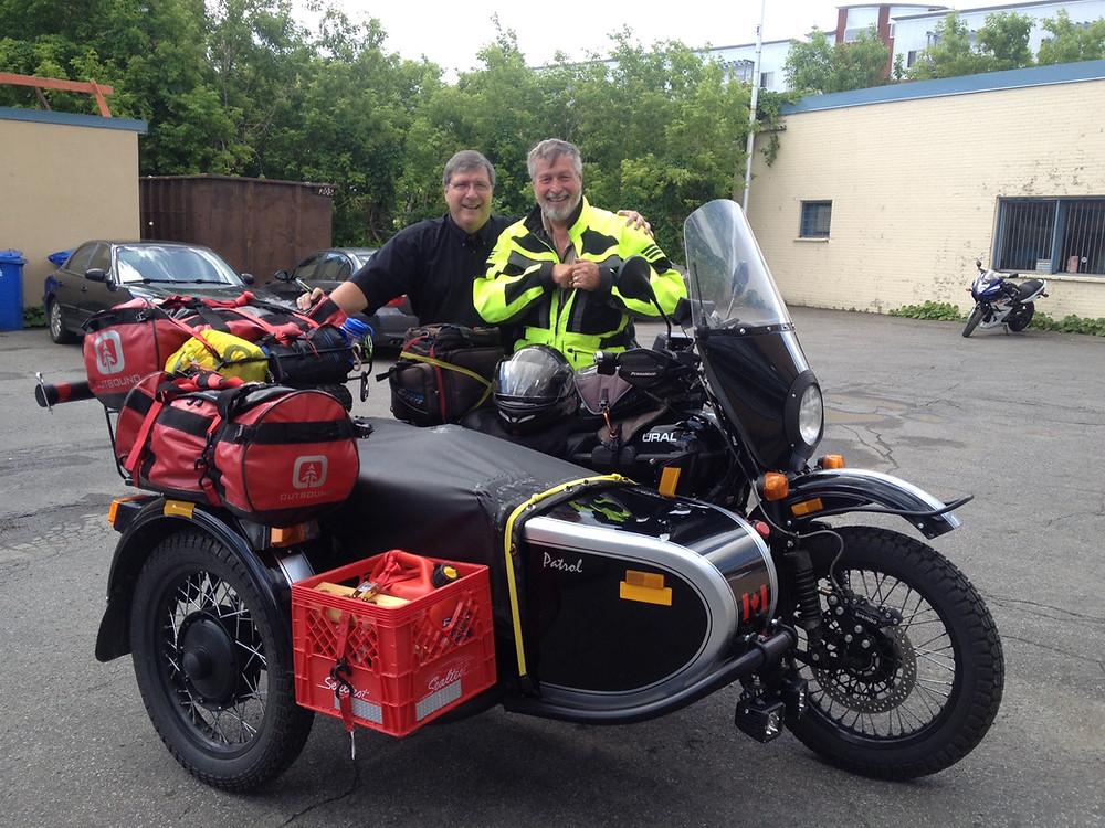Ken avec Jean-Claude lors de son passage chez Goulet Moto Sports