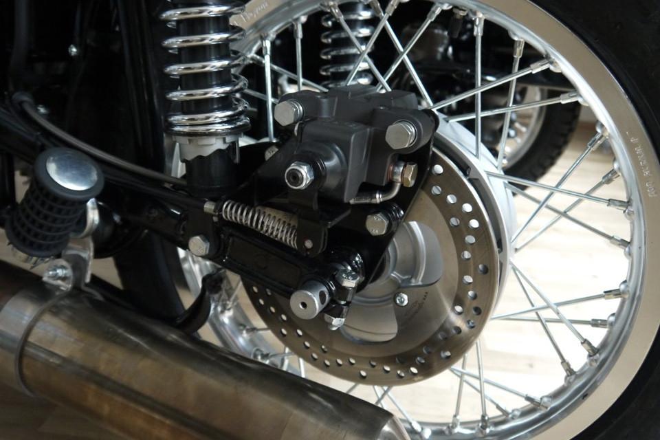 Ural-2014-frein-a-disque-arriere-.jpg