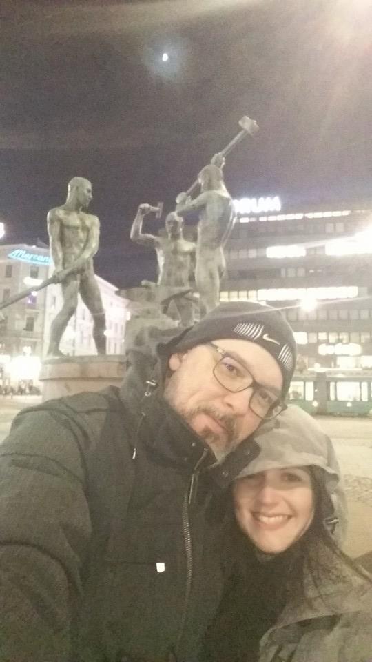 Lucas e Dani no frio de Helsinque