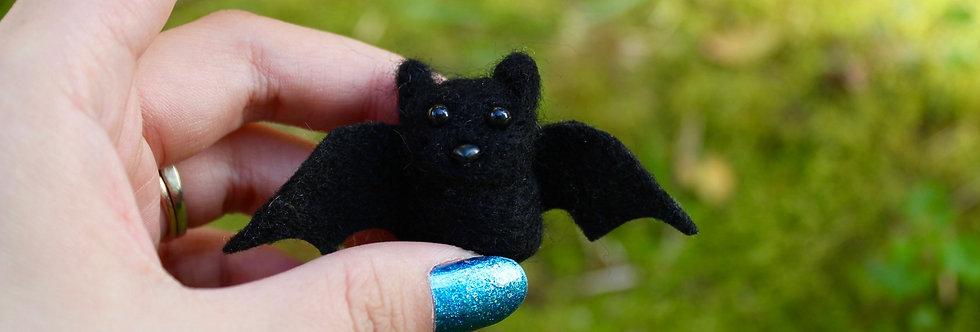 Felted Tiny Baby Bat (Black or White)