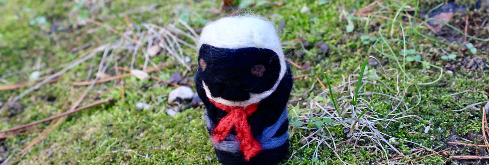 Felted Phantom Thief Skull Guy