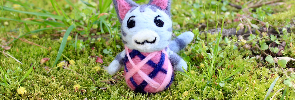 Felted Lolly Cat Villager