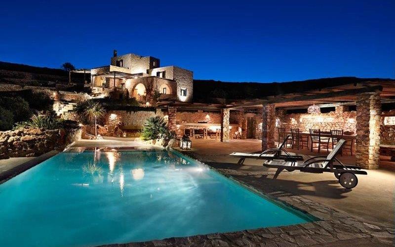 Paros 2017 la Villa Armonia.jpg