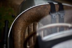 Pembleton V-Sport Leather Seat