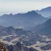 The rugged mountains of Um Dalfa seen from high. They are part of a much bigger chain called the Red Sea Mountains, which runs around 1000km down Egypt's Red Sea coast to the borders of Sudan & beyond. The RSMT takes its name from this beautiful range of mountains.