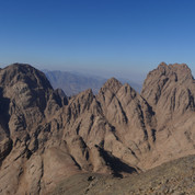 Jebel Gattar's high parts are a desolate world of rock where summits tower up all around. These are the most northerly peaks of Jebel Gattar.