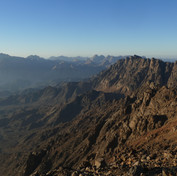 The highlands of Jebel Abu Dukhaan. Away to the south is the huge massif of Jebel Gattar.