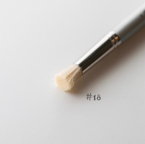 JRV Stencil Brush #18