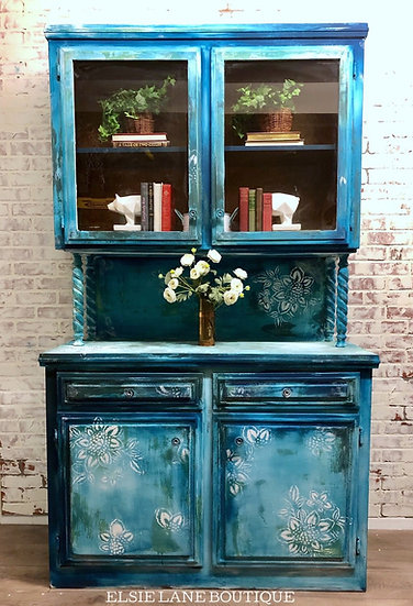 Huge Vintage One Of A Kind Buffet/Coffee Bar/Credenza/Shipping Included SOLD