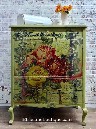 Vintage Five Drawer Dresser /Shipping Included