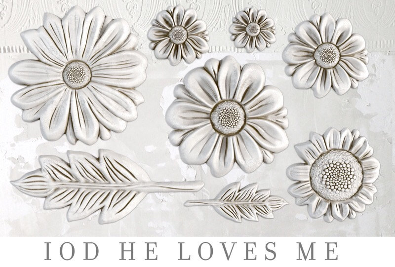He Loves Me Decor Moulds