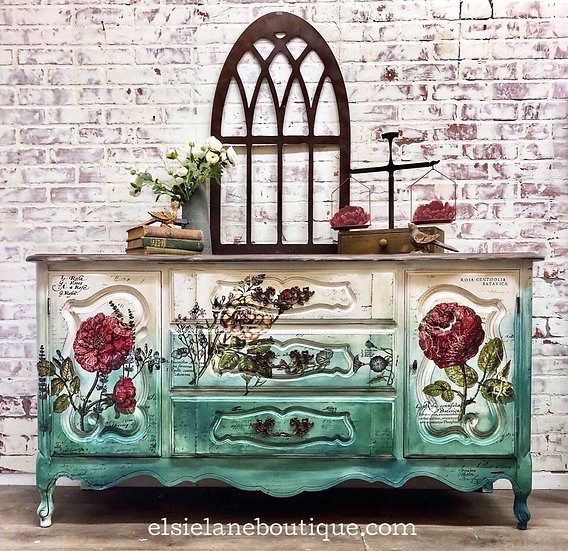 French Country Style Buffet / Free Shipping (Sold)