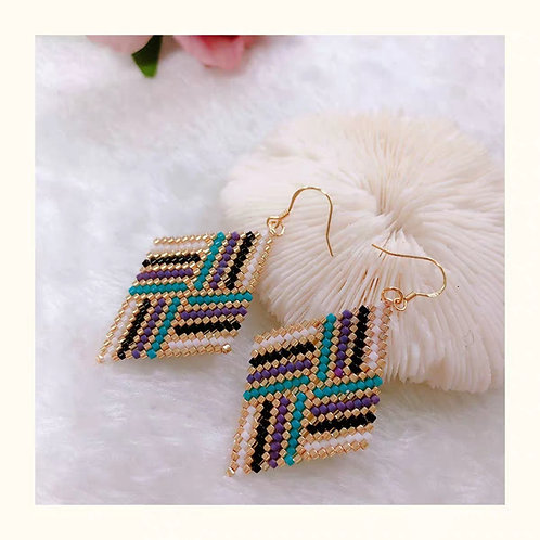 Beaded earrings 4 colours pattern DIY or Ready to wear