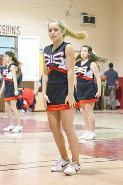 cheerleaders_5.JPG