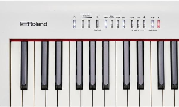 Roland FP 30 WH