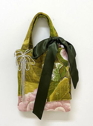 Collina strada sustainable shopper deadstock silk