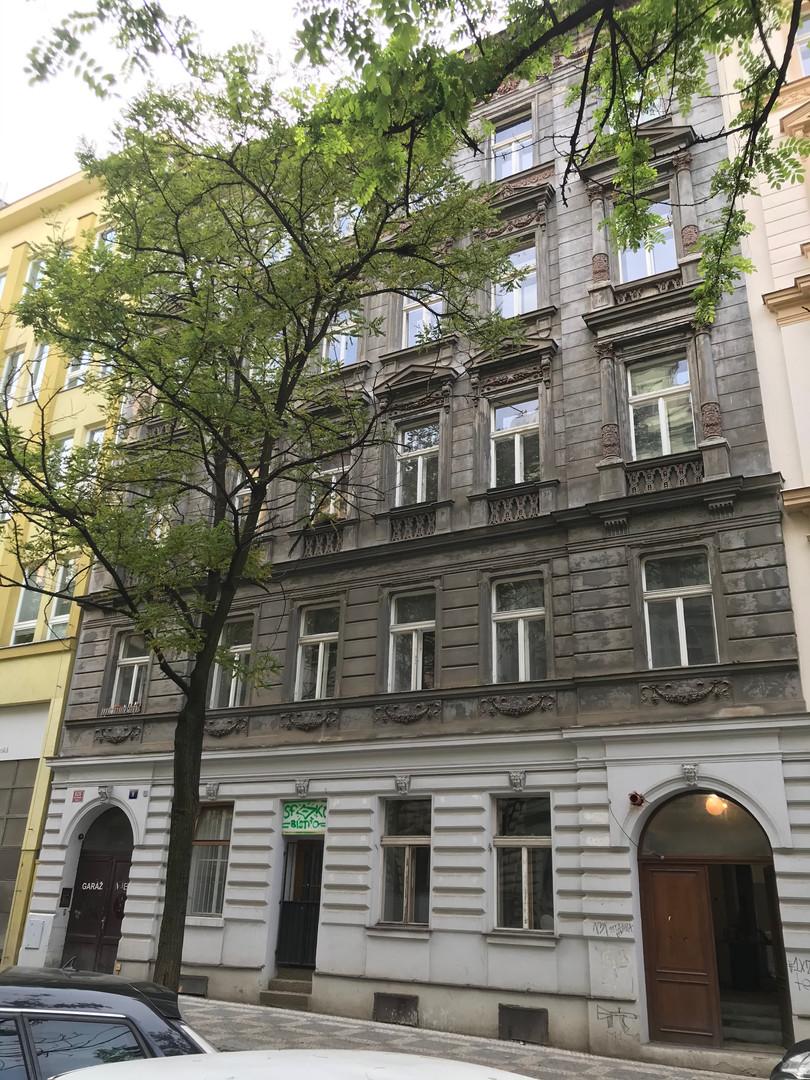 Sázavská 9
