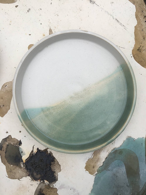 Green landscape plate