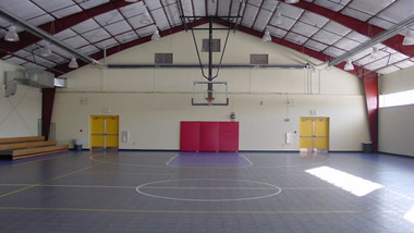 Basketball Court with Perimeter Mounted Tube Heaters