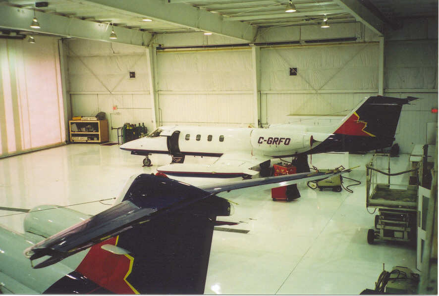 Corporate Hangar with Perimeter Mounted Tube Heaters