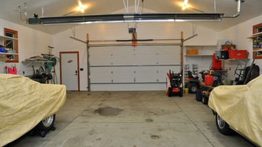 UAG Series Garage Tube Heater