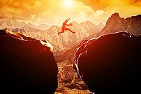 Der Sprung | jumper between the hills