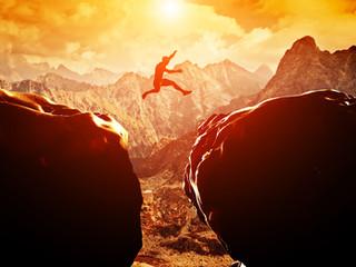 שחרור מאמונות מגבילות וחיזוק הבטחון