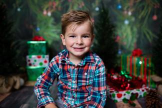 Christmas_EmilySophiaJacob(Veronica)_010-77.JPG