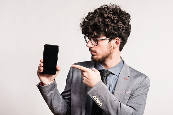 portrait-of-a-young-man-with-a-smartphon