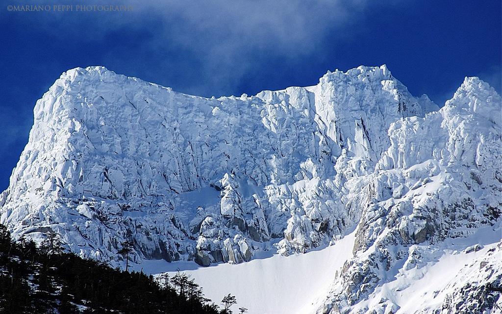 Cumbres , glaciar Exploradores