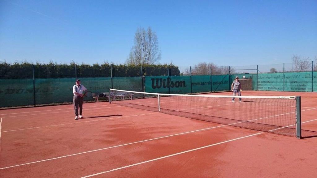 Tennis_Force_-_Ganzjahrespätze