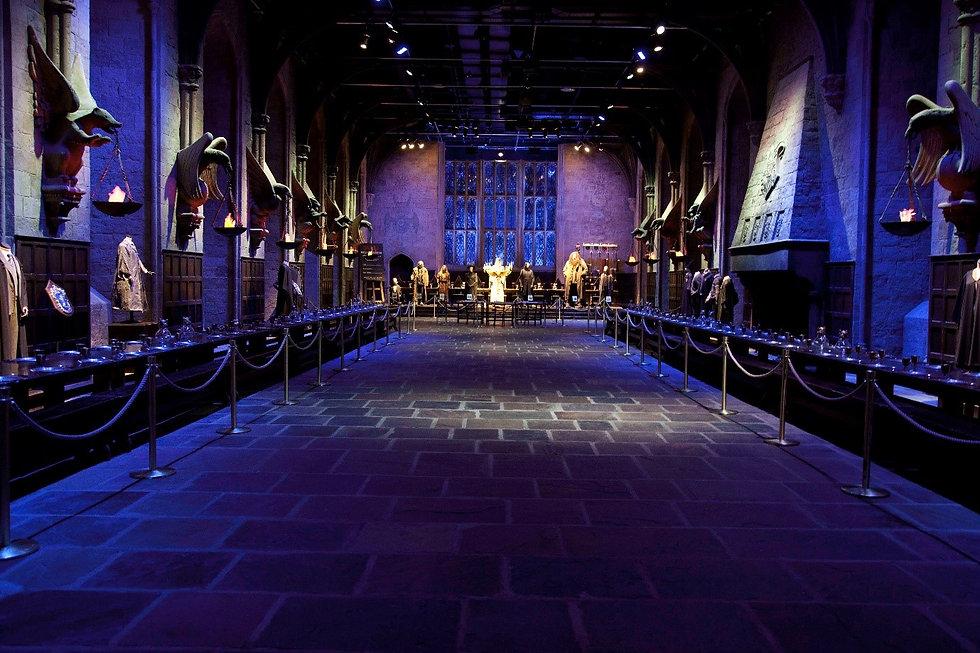 Hogwarts Hall Evening - 1379x919.jpg