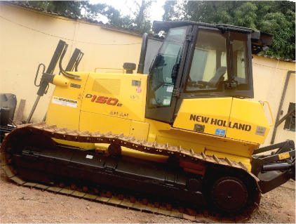 Trator de esteiras New Holland D-150