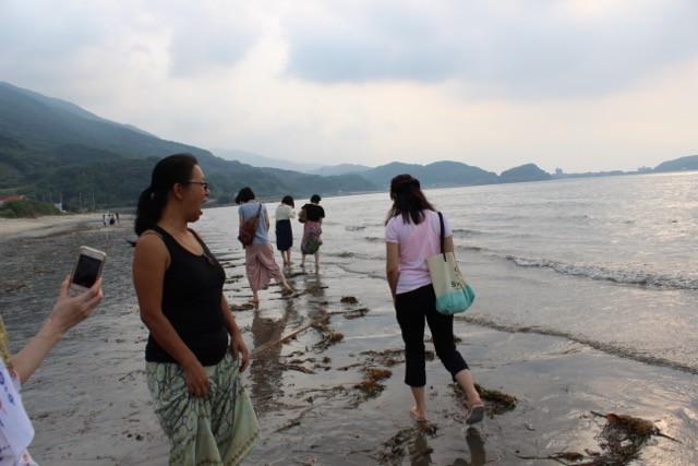 糸島の海へ