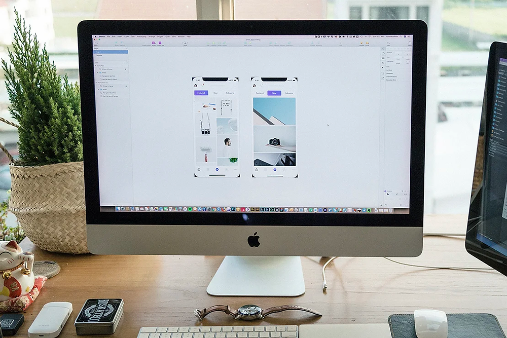 Workspace desk: The UX design process