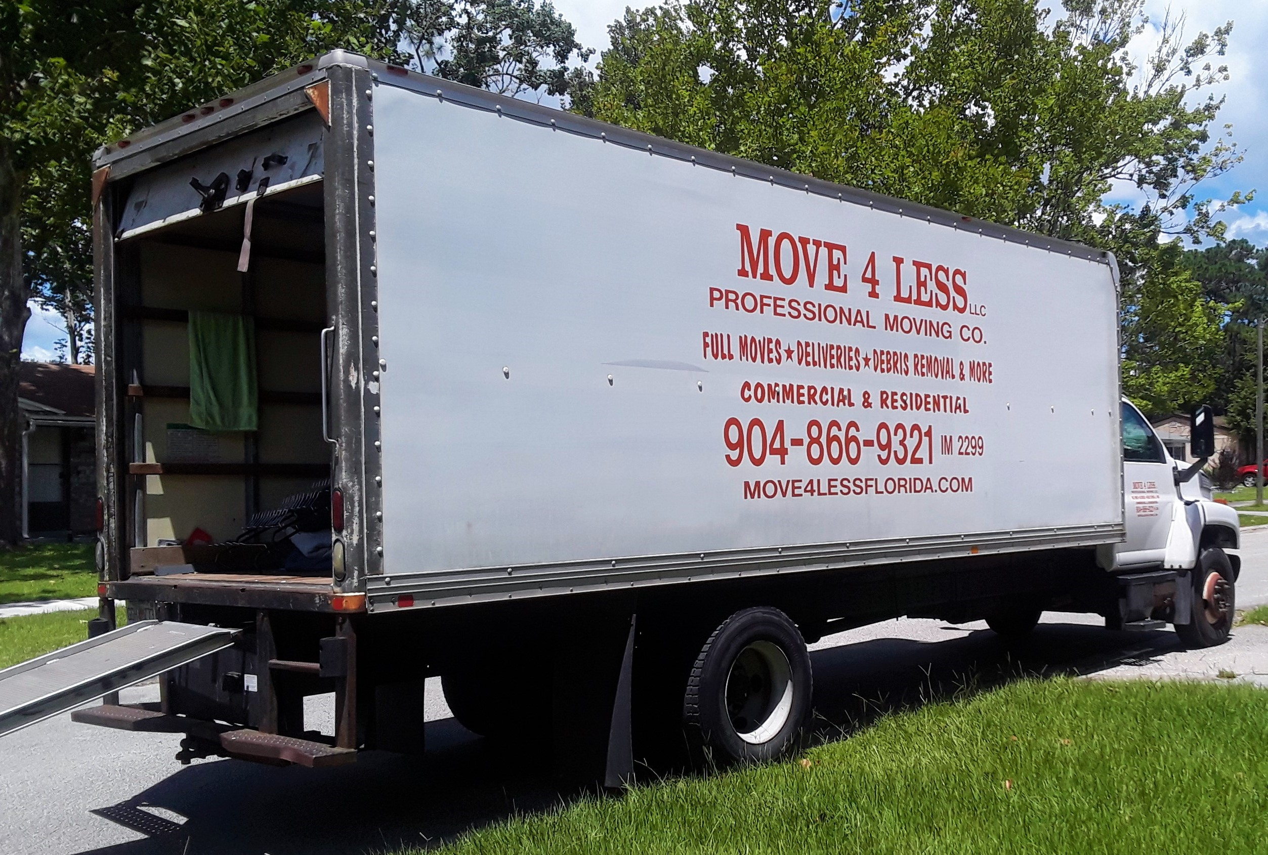 Move 4 Less NE Florida Box Truck