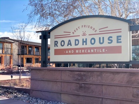 Pet-Friendly Hotels: Best Friends Roadhouse and Mercantile