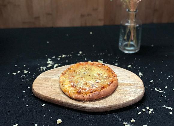 "6"" Basil & Cheese Pizza"