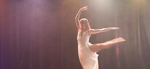dancer%20still_edited.jpg