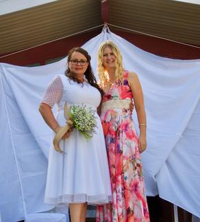 Chrissie in her HAUNTS Wedding Dress