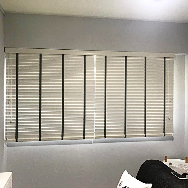 White PVC Venetian Blinds Half Height 1 Piece