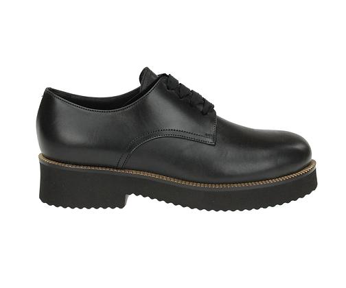 L'AUTRE CHOSE. Black leather lace-up shoe.
