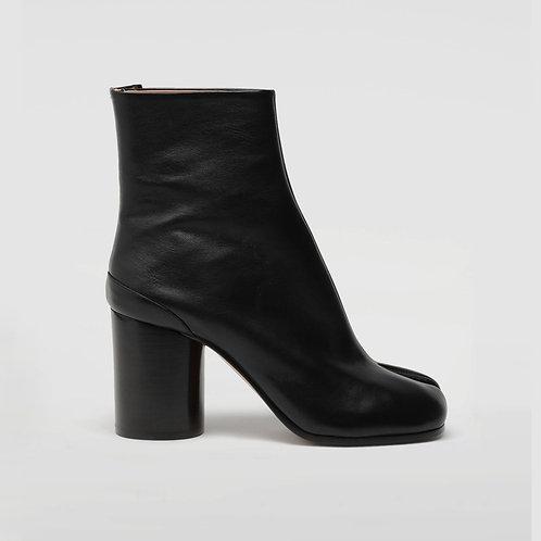 MAISON MARGIELA. Calfskin Tabi boots