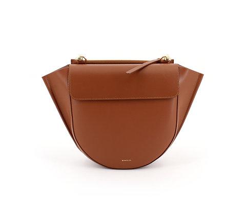 WANDLER. Hortensia Bag Medium Tan.