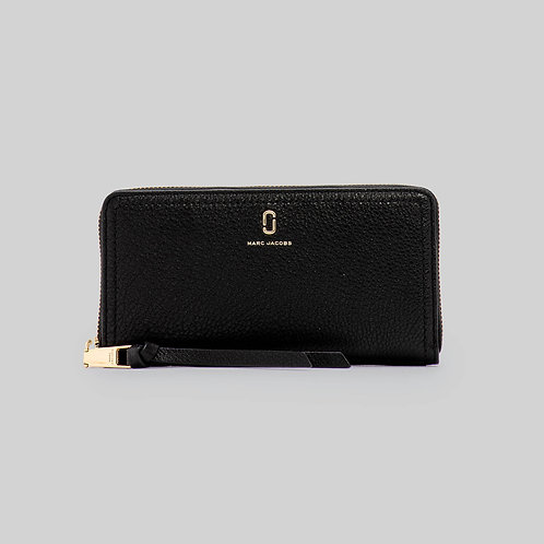 MARC JACOBS. The Soft Standard Continental Wallet