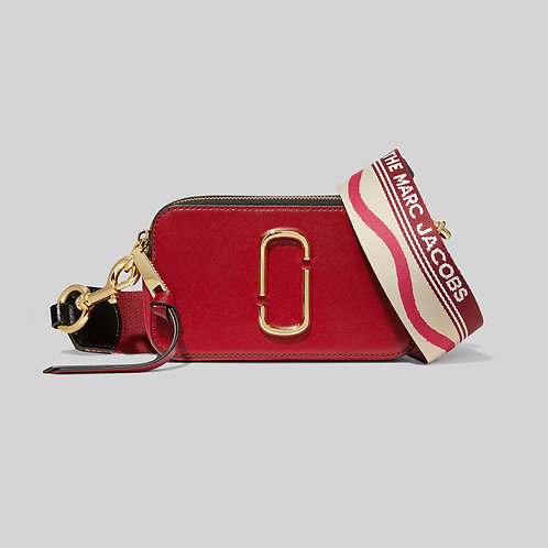 MARC JACOBS. The Snapshot New Red Multi
