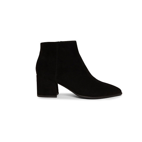 STEVE MADDEN. Brystol Black Suede Ankle Boot.