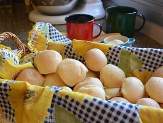 Biscoitos de polvilho e queijo (Fofitos)!