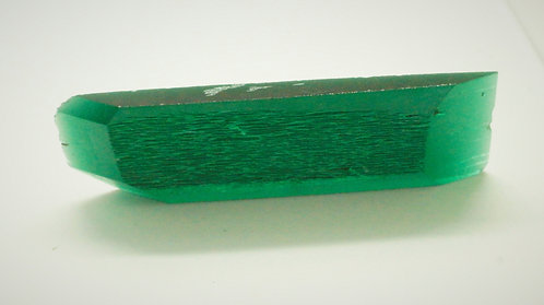 Hydrothermal Emerald Regular color, Weight 141.92 cts, Thickness 6 mm